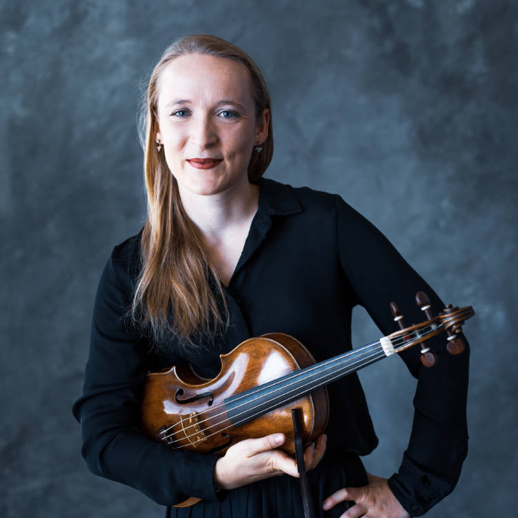 Annie Gard